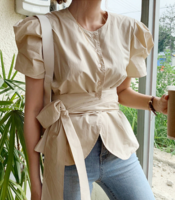 belt blouse